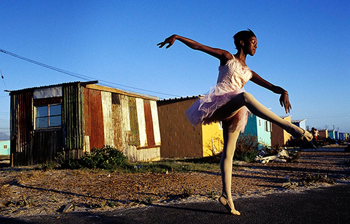 © Per-Anders Pettersson Plats/Datum: Kapstaden/Sydafrika 2000 Bildmått: 60x90 cm, pappersmått 70x100 cm  Teknik: Arkivbestämdig bläckstråleutskrift  Upplaga: 20 + 2 AP   Endast AP #2/2  kvar, Pris på förfrågan.