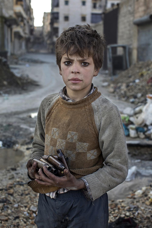 © Niclas Hammarstršm  Plats/Datum: Aleppo, Syrien 2012 BildmŒtt: 40x60 cm Teknik: Digital c-print Montering: TrŠram med passepartout 50x70 cm  Upplaga: 15  Signerad: Ja  Pris: SEK 7900