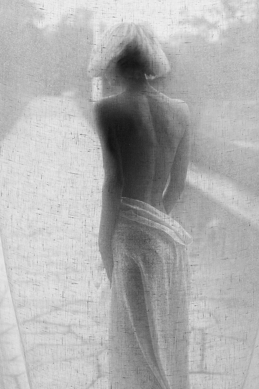 66. Lisen Stibeck. Ur serien Angelica, Stockholm 2015. Utropspris: 18 000:- Bildmått: 60×90 cm / Inramad 63×93 cm. Arkivbeständig pigmentbläckutskrift. Edition 1/10. Signerad.